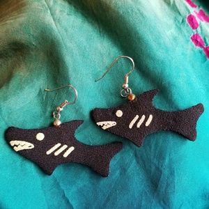 Cute vintage Shark earrings black painted foam